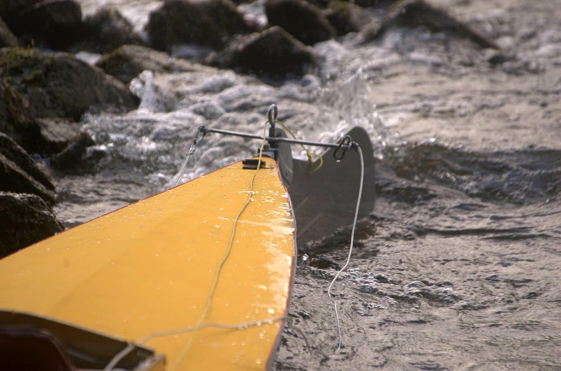 Imagen que contiene suelo, exterior, surf, playa