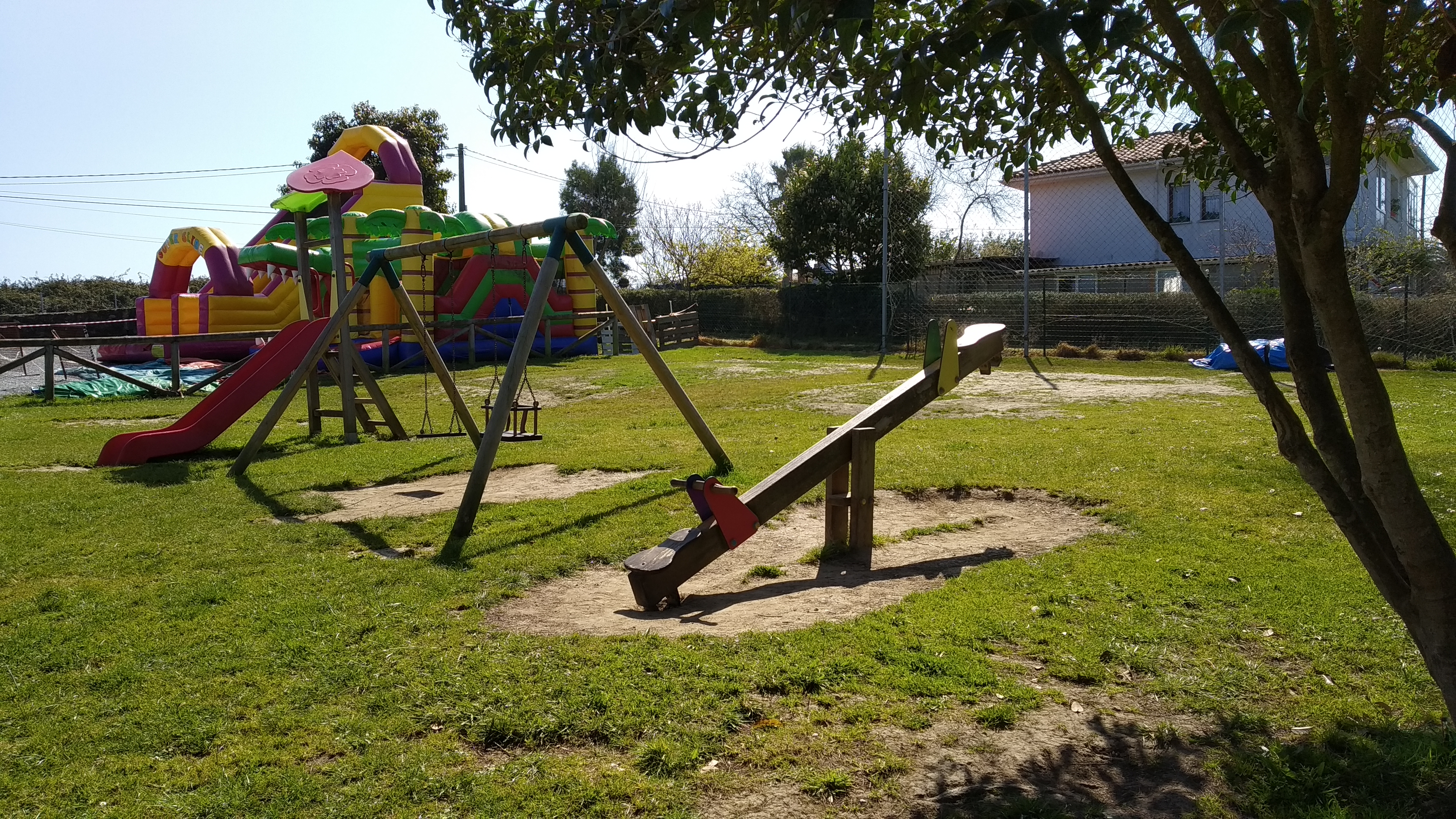 Merenderos en Gijón con Juegos Infantiles